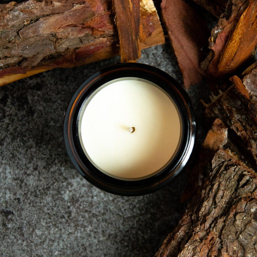 sandalwood aromatherapy candle