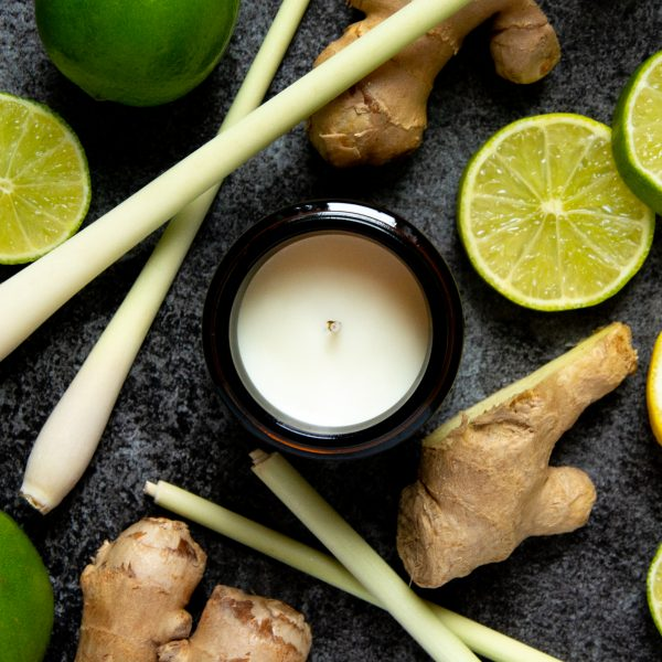 lemongrass & ginger aromatherapy candle