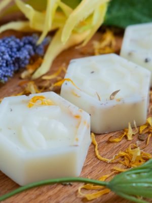ylang & patchouli wax melts